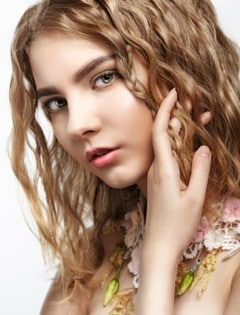 Styles you can learn with your straighteners cool crimping